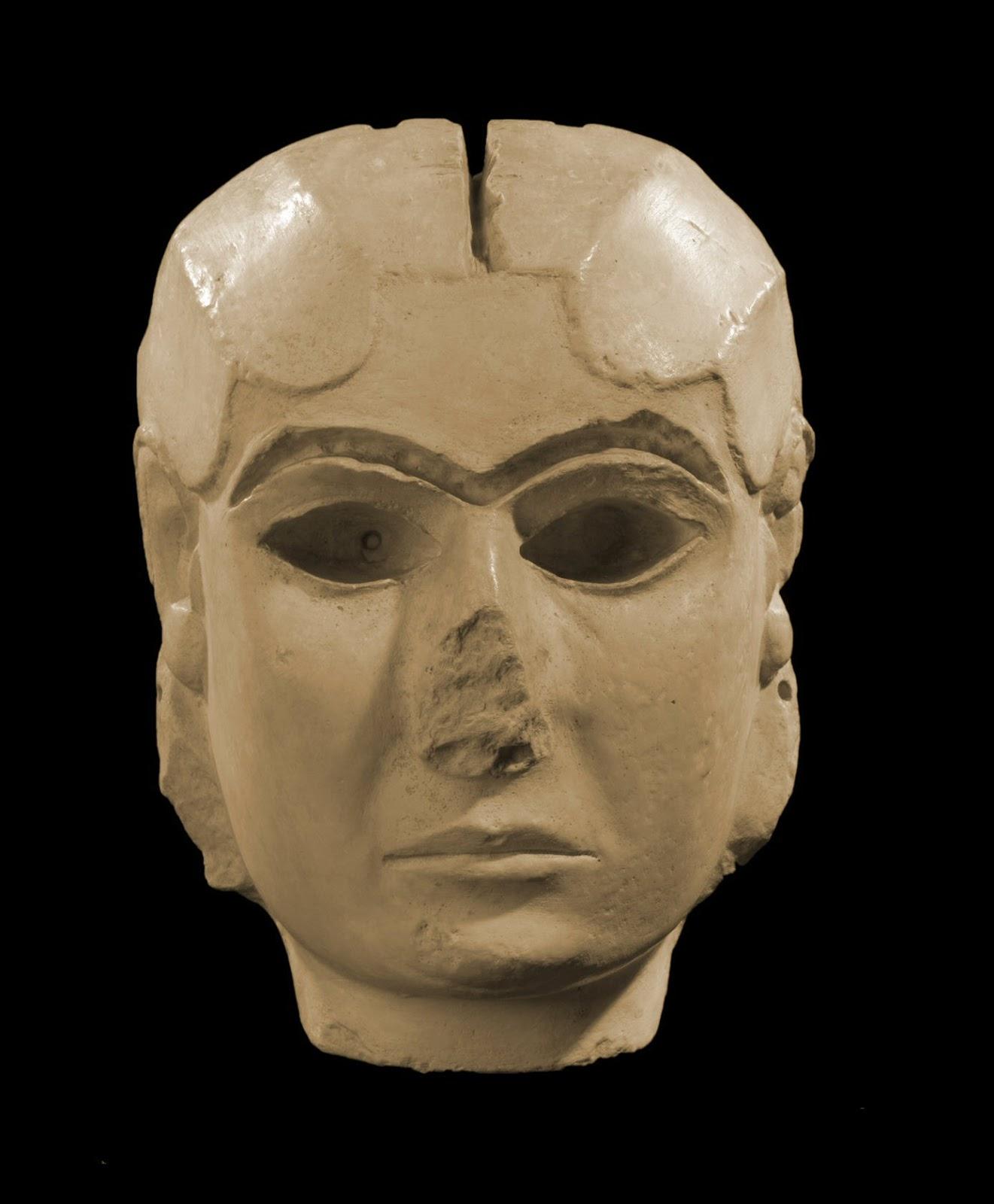 Cabeza de una diosa de Uruk, esculpida entre el 3500 a.C. y el 3000 a.C.